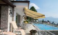 La veranda con piscina