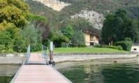 casa vacanza molo privato lago iseo